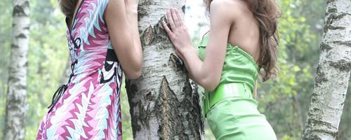 Красивые голые русские девушки, ню фото на природе в лесу