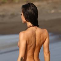 Обнаженная красота женского тела на эротических фотографиях