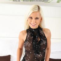 фото красивой  девушки блондинки