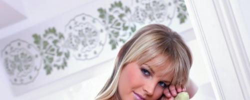Нежная блондинка