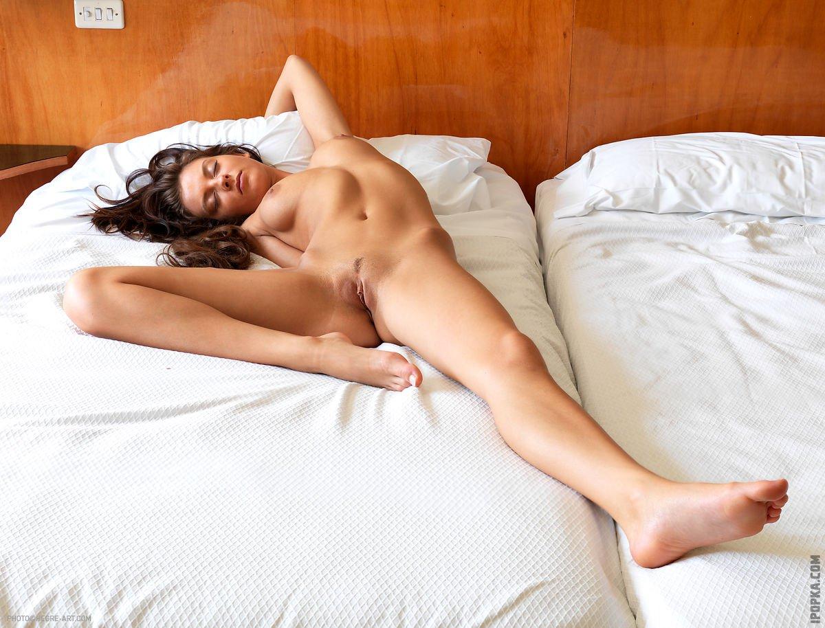 Спящие девушки голышок эротика видео — 9