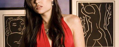 Сочный стриптиз от Sasha Grey, горячие фотки с голой экс порно моделью