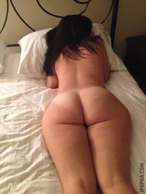 Частные фото с голыми женами крупным планом