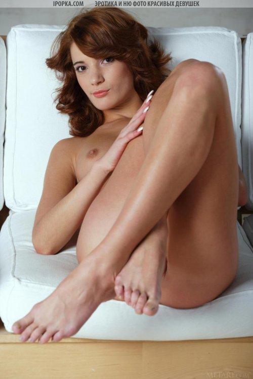 Бесплатная эротика секси девочки с очень красивым обнаженным телом