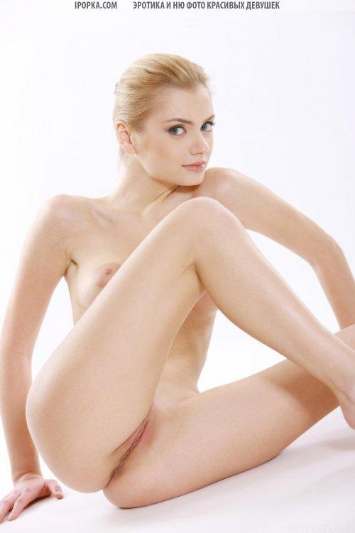Фото красивой груди девушки с большими сосками