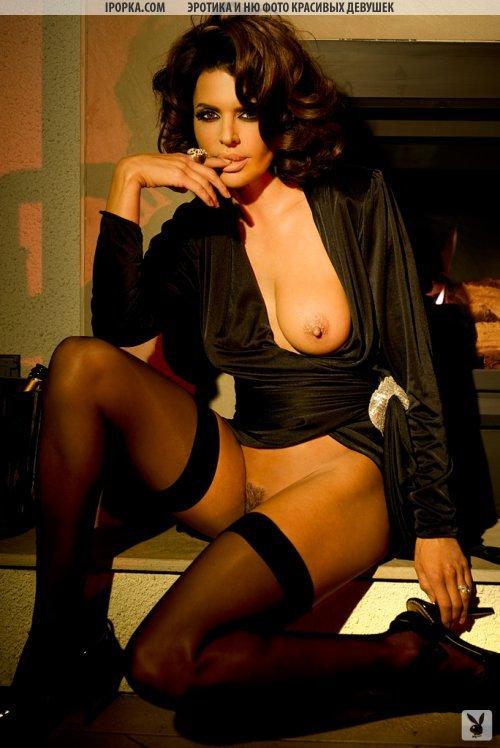 Обнаженная красота женского тела на эротичных фото плей бой