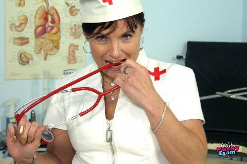 Самая сексуальная медсестра 2014