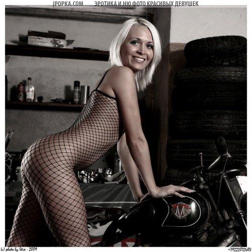 Девушки на мотоциклах подборка