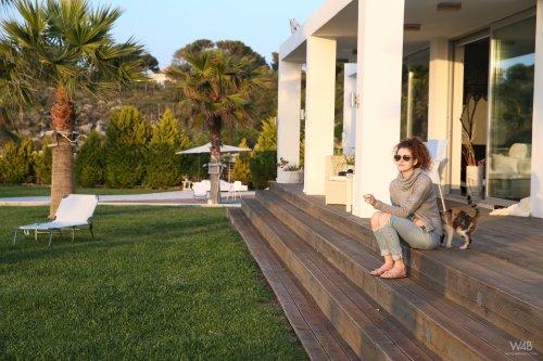 Три шикарных модели на отдыхе в Греции